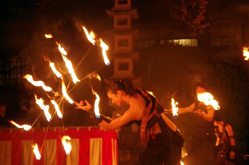 可睡斎 秋葉の火祭り ファイヤーパフォーマンス
