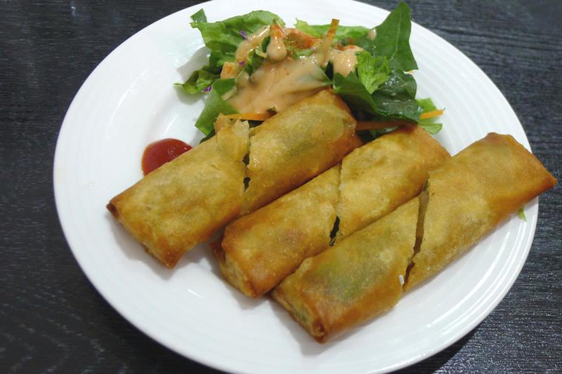 本格新中国料理ムーラン 春巻き
