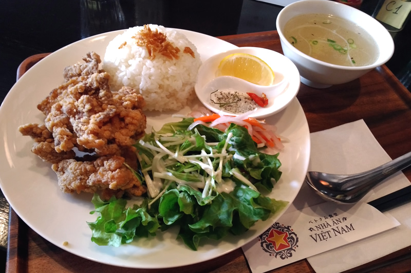 ベトナム食堂 唐揚げライム塩添えランチ