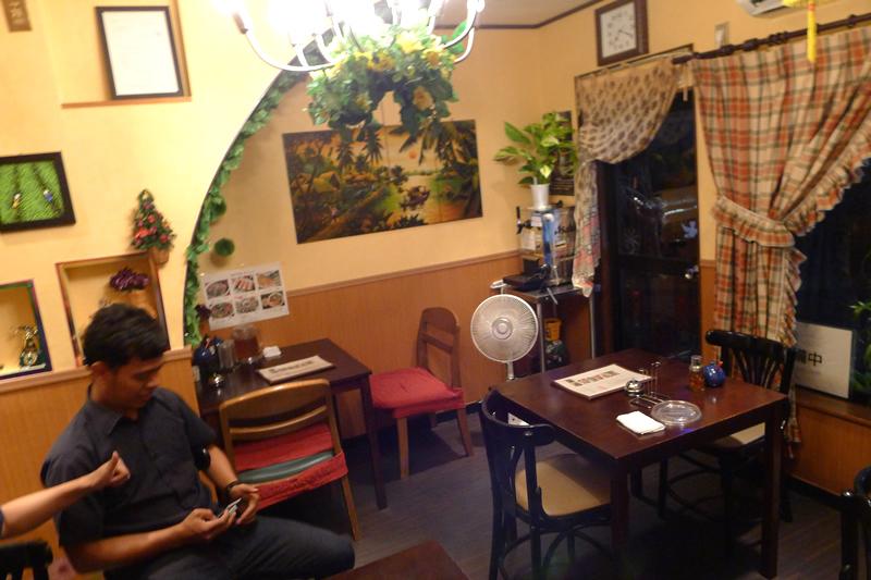 ベトナムキッチン 居心地のいい空間