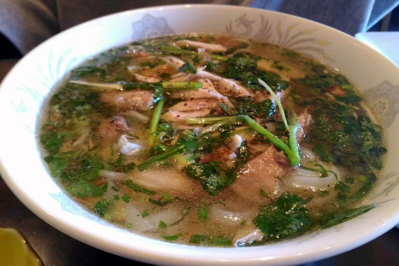 ベトナムキッチン 鶏肉のフォー