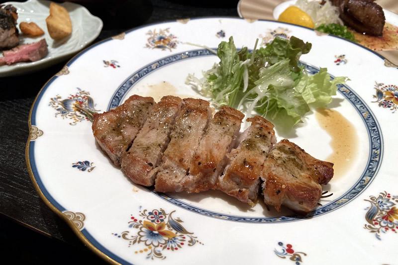 肉料理と大地の恵み ひなた 富士の国ポークロース香草焼き